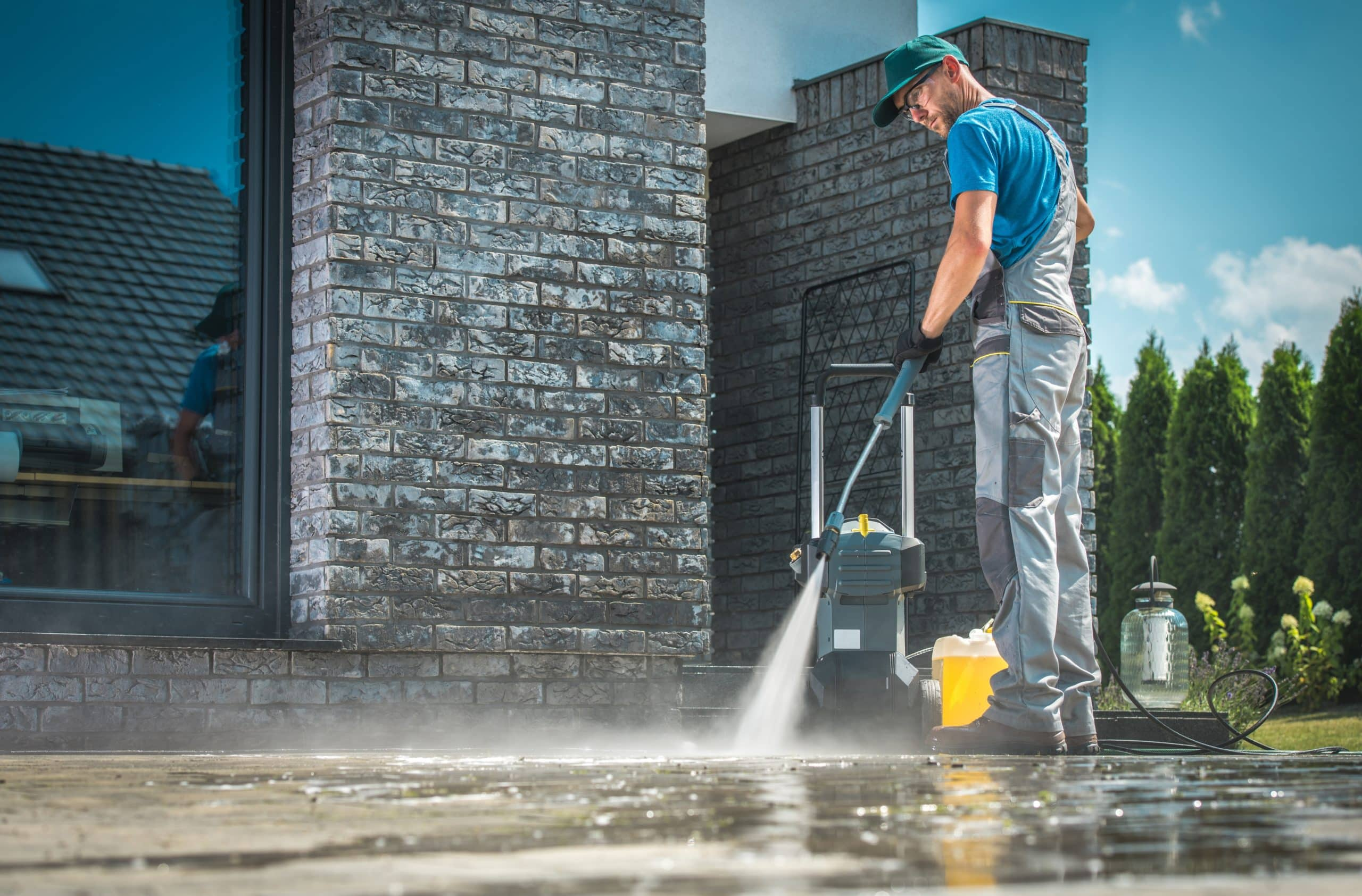 Driveway Cleaning & Concrete cleaning Raleigh NC & Garner NC